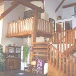 gite-la-grange-mezzanine et escaliers